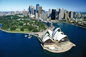 ladgsp-grand-tour-of-australia-singapore-pre-tour-stopover-2-566x376